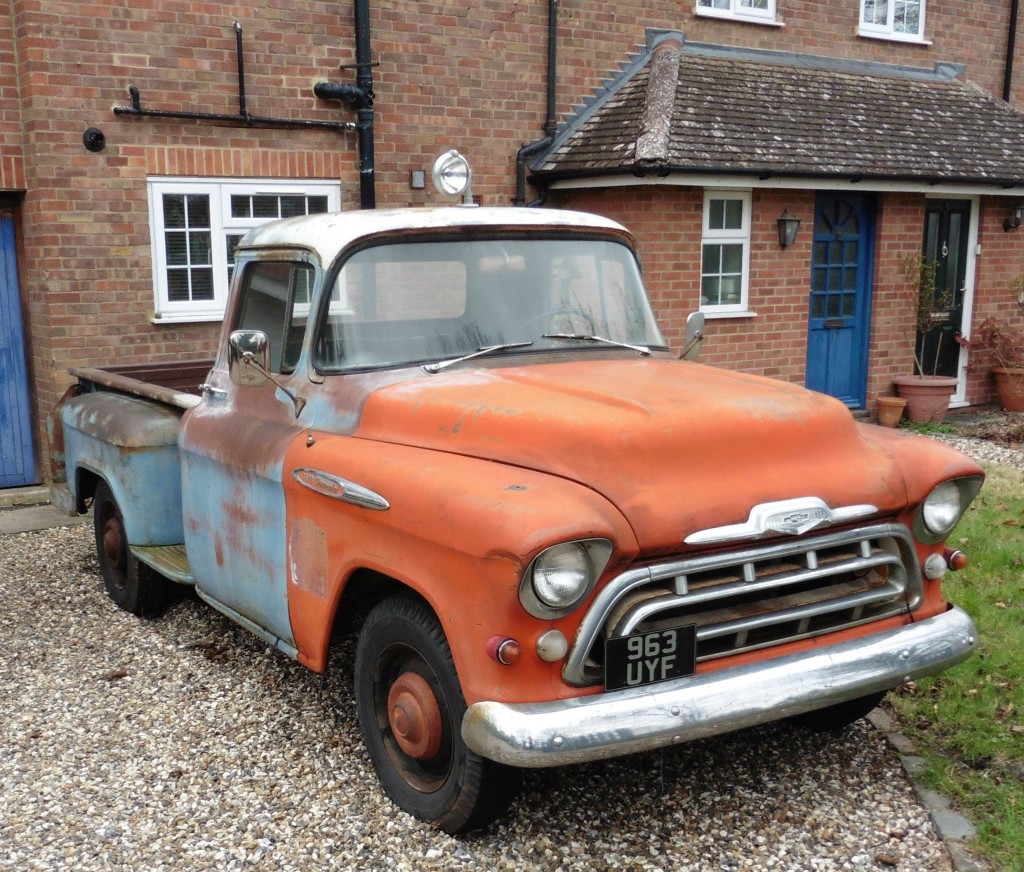 old-rusty-pickup-truck